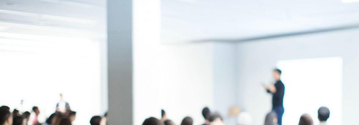 Die generalistische Pflegeausbildung in der Ev. Pflegeakademie in Minden absolvieren.
